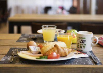 Ibis Rotterdam Vlaardingen ontbijt